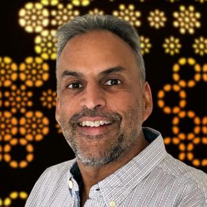 Dr Nikhil Thapar
